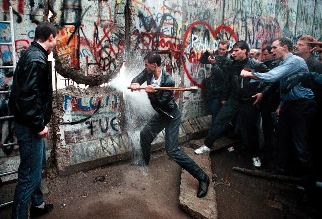 Come Abbattere Un Muro quel 9 novembre che cambiò la storia. l'abbattimento del